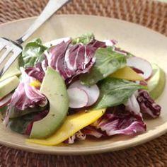 #GoTropical with this spinach, avocado & mango salad recipe!