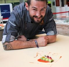 Para el diario, Javier Peña eligió el modelo District de nuestra colección Urban Chef.