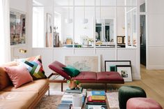 With its perfect pink and green palette, this happy chic Parisian apartment house tour is lending tons of inspiration for relaxed living. Paris Home, Interior Exterior, Home Interior, Living Room Decor, Living Spaces, Parisienne Chic, Dream Decor, Interior Design Inspiration, Colour Inspiration