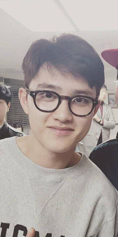 Kyungsoo with glasses!!