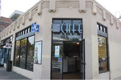 23rd Street Cafe is located near USC area and serves up traditional coffee with Indian and Mexican cuisine.  Who doesn't want a Chicken Tikka burrito?!!