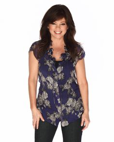 Picture: Valerie Bertinelli in 'Hot in Cleveland.' Pic is in a photo gallery for 'Hot in Cleveland' featuring 39 pictures. Cleveland, Valerie Bertinelli, Intelligent Women, Celebrity Crush, Celebrity Pix, Beautiful Actresses, Film, Role Models, Movie Stars