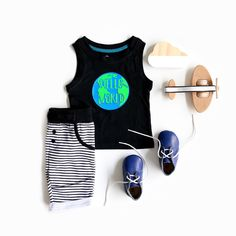 This bright Hello World baby/ toddler boys tank top is a lovely option for a little man for Christmas or any other occasion! Made from organic cotton it is soft and the design is durable!