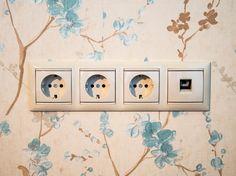 Электрические розетки при скрытой электропроводке Hiding Cables, Home Decor, Decoration Home, Hide Cables, Room Decor, Home Interior Design, Hiding Cords, Home Decoration, Interior Design