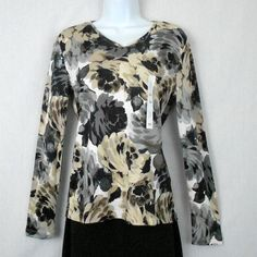Croft Barrow Sz XS Knit Top Shirt 100% Cotton Floral Print Long Sleeve BTS www.bevsthisnthatshop.com