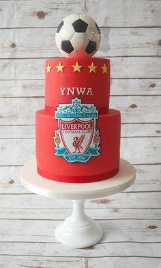 Savory magic cake with roasted peppers and tandoori - Clean Eating Snacks Football Birthday Cake, Daddy Birthday, Adult Birthday Cakes, 9th Birthday, Liverpool Cake, Tuna Cakes, Cakes For Men, Cake Tins, Savoury Cake