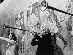 Herbert von Karajan playing a natural trumpet - 1976 Herbert Von Karajan, Music Score, Conductors, Classical Music, Trumpet, Holiday Fun, Persona, Musicians, Opera