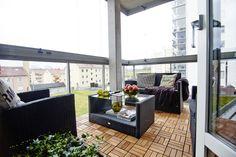 Un balcón grande