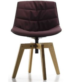 Flow Chair Padded With 4-Legged Oak MDF Italia