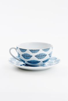 House of Rym tea and cup saucer afternoon delight | Tea and Kate
