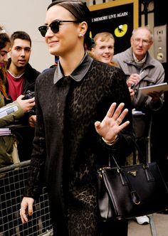 demi lovato leaving the london palladium on november 13th. (x)