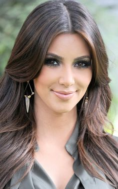 Kardashian Brown Highlights 0 New Kim Kardashian Hair Color 2012 Hair Color For Brown Skin, Black Hair With Highlights, Hair Highlights, Golden Highlights, Caramel Highlights, Light Highlights, Color Highlights, Latest Hairstyles, Pretty Hairstyles