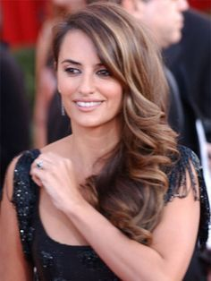 highlights for dark brown hair and olive skin.