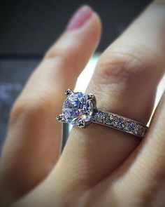 Iconic  #diamondring #diamonds #engagementrings #trophywife
