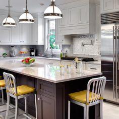 Oak Park Kitchen by TZS Design - traditional - kitchen - chicago - Marcel Page Photography Kitchen Backsplash Designs, Kitchen Plans, Kitchen Remodel, Kitchen Decor, Contemporary Kitchen, New Kitchen, Home Kitchens, Backsplash Designs, Kitchen Design