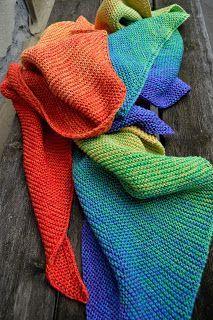 ....in diesem Tuch sind alle 7 Chakren-Farben.... ein richtiges Energietuch....;o) ....Rot ist das 1. Chakra, das Wurzelchakra, und steh...