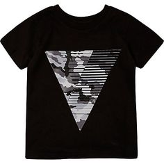 Mini boys black triangle print t-shirt £7.00