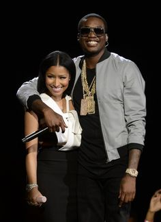 Nicki Minaj and Meek Mill engaged? Young Money rapper flaunts diamond ring on Instagram