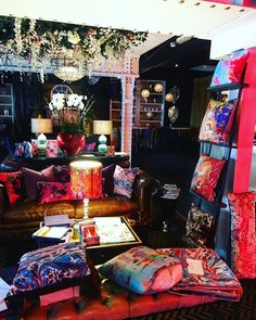 In love with tonight's pop up location  get your wonderful bums down to Tiger Hornsby's for everything from @Trendlistr to @elemis beauty