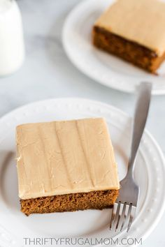 You'll love this easy caramel icing recipe! It's made with basic pantry staples, takes around 10 minutes to make and beats store-bought frosting ANY day! Easy Icing Recipe, Frosting Recipes, Cake Recipes, Butter Frosting, Caramel Cake Icing, Easy Desserts, Delicious Desserts, Best Ever Chocolate Cake, Pineapple Dessert Recipes