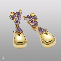 Discover and buy the jewelry by Italian designer Roberto Coin. Roberto Coin, Expensive Jewelry, Wow Products, Deep Purple, Gold Jewellery, Bling Bling, Chandeliers, Amethyst, Jewelry Design