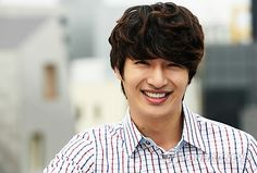http://www.soompi.com/wp-content/uploads/2013/05/son-ho-young-main1.jpg