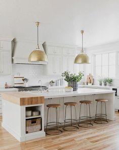 Home Decor Kitchen, Kitchen Interior, Home Kitchens, Small Kitchens, Coastal Interior, Modern White Kitchens, Kitchen Modern, Dream Kitchens, Diy Interior