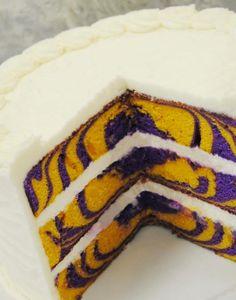 Party Time Blog - Football and Cakeballs: Smells like Team Spirit!