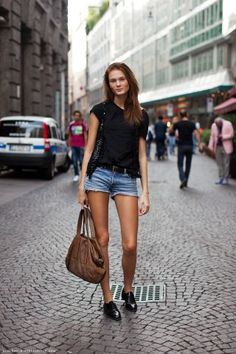 Irina Kulikova http://felixjtapia.org/blog/2012/10/27/irina-kulikova-rostro-y-figura-desde-rusia/