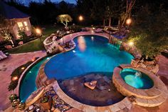 so many nice features to this pool!