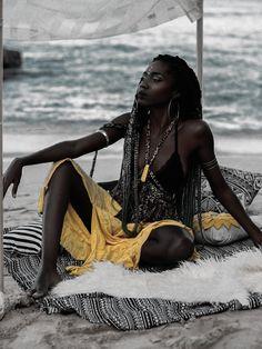 N Ƒ օ ӏӏ օա N ora ab ƒ elle վօ վօ Dark Beauty, Ebony Beauty, Beautiful Dark Skinned Women, Beautiful Black Women, African Beauty, African Women, Black Women Art, Black Girls, Pretty People