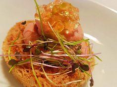 Chicken Liver Pate at #ElakatiKitchenBar   Πατέ απο Συκωτάκια Κοτόπουλο πάνω σε αρωματικό φρυγανισμένο ψωμί, χαβιάρι απο μέλι και άνθος αλατιού / Chicken Liver Pate served on flavored toasted bread, honey caviar and flower of salt!  Με την υπογραφή του executive #Chef Kimon Ligdas και την ομάδα του!  For Reservations: 2241070688  #gastronomia #creativecuisine #elakatales #greekgastronomia