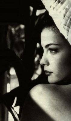 Liv Tyler - I have always thought she had the most classic beauty in current Hollywood
