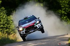 Mads Ostberg big jump!