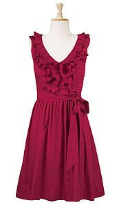 Love this -- a flattering silhouette for every figure. Pair with a cute pair of high peep-toes and it takes a retro feel.