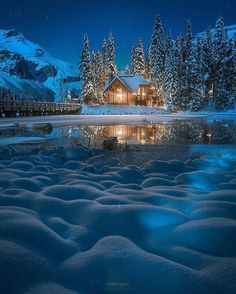 Beautiful photos taken at Emerald Lake Lodge Winter Szenen, Winter Magic, Beautiful World, Beautiful Places, Beautiful Gorgeous, Wonderful Places, Emerald Lake, Snow Scenes, Winter Pictures
