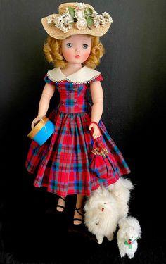 Old Dolls, Antique Dolls, Vintage Dolls, Deanna Durbin, Green Gown, Valley Of The Dolls, Madame Alexander Dolls, Holly Hobbie, Day Dresses