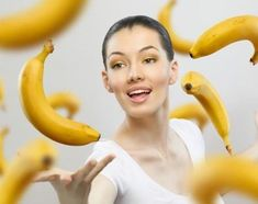 Bananas have unique properties and particularly now, in winter, they should be in the diet of each individual. The peculiarity of bananas is that they have a serotonin - the hormone of happiness, Bananas, Hinchazón Abdominal, Banana Health Benefits, Banana Madura, Chocolate Slim, Facon, Good Skin, Healthy Life, Health Tips