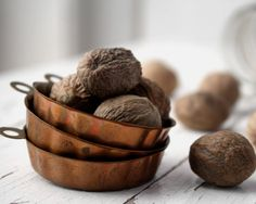 Nutmeg contains eugenol and has strong antibacterial properties.  Nutmeg also contains myristicin which has been shown to improve memory.      www.acuatlanta.net