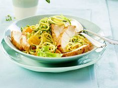 Curry-Gemüsenudeln mit Hähnchen Rezept   LECKER Pasta Alternative, Kiss The Cook, Spaghetti, Macaroni And Cheese, Snacks, Fresh, Meat, Cooking, Ethnic Recipes