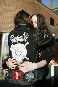 Top 10 Heavy Metal Love Songs – Metal Riot