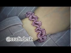 Armband Diy, Bracelet Crafts, Lace Knitting Patterns, Beading Patterns Free, Bead Patterns, Beaded Jewelry Designs, Bead Jewellery, Seed Beads, Arm Candies