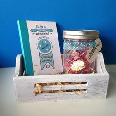 Regalo para #DíadelasMadres con Libreta + Mason Jar 1 pinta y chocolates en cajita