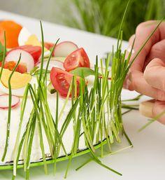Pikante Sandwichtorte selber machen - mömax blog Sandwich Torte, Canapes, Celery, Sandwiches, Food And Drink, Low Carb, Brunch, Baking, Vegetables