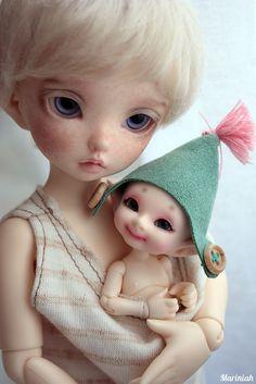 Little Bjd Family 2012, via Flickr.