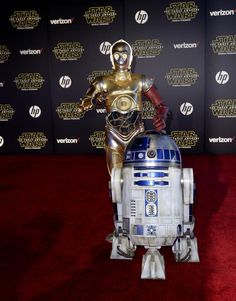 Star Wars world premiere | C-3PO and R2-D2