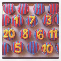 FC Barcelona Cupcakes. i want these at my next party!