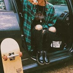 indie grunge vintage retro punk rock - The world's most private search engine Punk Rock Outfits, Indie Outfits, Edgy Outfits, Grunge Outfits, Cool Outfits, Punk Rock Clothing, Punk Clothes, Grunge Clothes, Summer Outfits