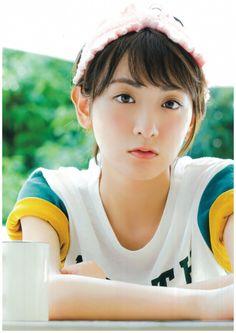 and Kawaii Bomb Beautiful Japanese Girl, Cute Japanese, Japanese Beauty, Asian Beauty, Japan Woman, Asian Eyes, Kawaii Girl, Short Hair Styles, Idol