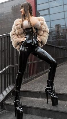 Your premium source of shiny tight, but still public wearable, fashion. Fetish Fashion, Latex Fashion, Fur Fashion, Sexy Outfits, Cool Outfits, Latex Corset, Latex Pants, Leather High Heel Boots, Mode Editorials